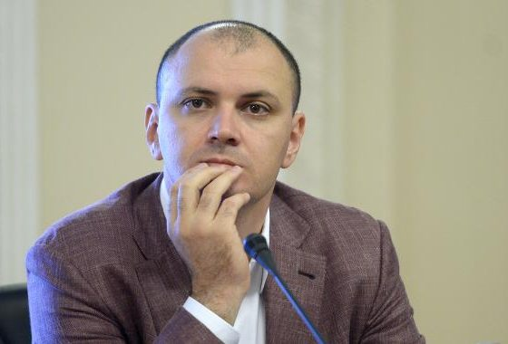 Sebastian Ghiță demisionează din PSD după ce Victor Ponta l-a criticat pentru declarațiile referitoare la Ion Iliescu