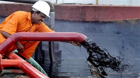 Ingrijorator este ca pretul petrolului s-ar putea duce si mai jos