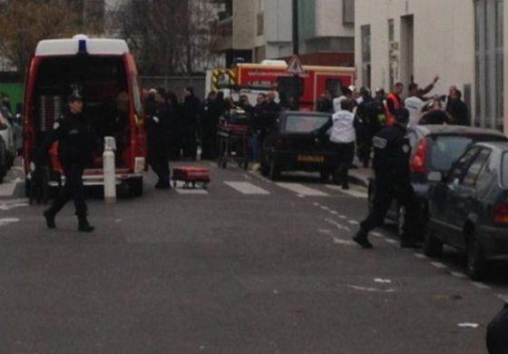 ATAC ARMAT la sediul ziarului CHARLIE HEBDO din Paris: 12 persoane AU MURIT.