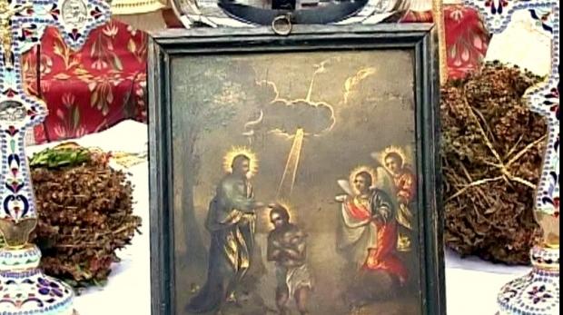 AJUNUL BOBOTEZEI: Sfinţirea casei de Bobotează. SECRETUL pe care nu ţi l-au spus niciodată preoţii