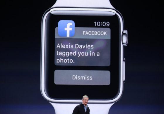Ceasul Apple Watch, a fost lansat oficial. Preturile sunt intre $349 si $15000