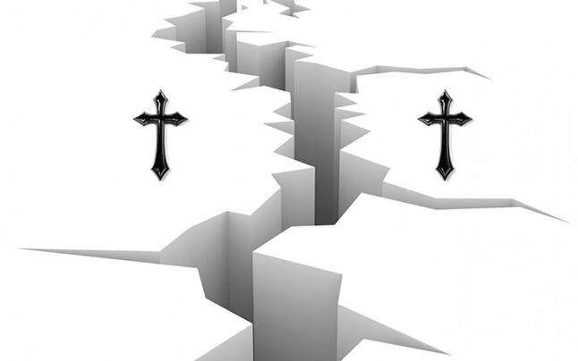 Diferenta dintre Pastele Ortodox si cel Catolic. Marea Schisma si coruptia: Cand catolicii si ortodocsii n-au mai crezut in acelasi lucru?