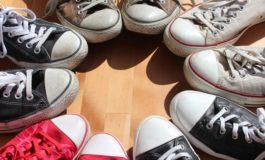 5 idei de tinute chic cu tenisi