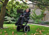 Romanii care il injura pe fizicianul Stephen Hawking pentru ca este ateu iti arata cat sunt de cre(s)tini