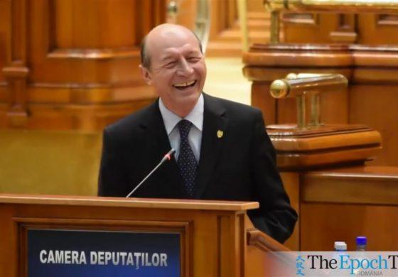 Traian Basescu la ora de Stand-up Comedy in Parlament! Enjoy and Share! Schimb de replici haioase, la motiunea de cenzura