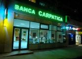 Banca Comerciala Carpatica si-a redus pierderile cu 44% in 2016, la 42 milioane lei