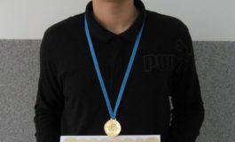 Pe cine intereseaza? Am luat aur la Olimpiada Internationala de Mate!